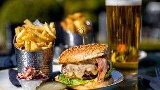 Club Lounge Burger